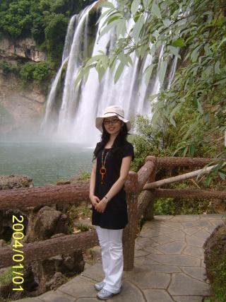 壁纸 风景 旅游 瀑布 山水 桌面 320_427 竖版 竖屏 手机